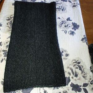 H&M Tube Circle Knit Infinity Scarf Black nwot